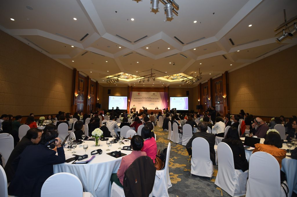 Some 200 participants gather in Hanoi for a consultation workshop promoting gender equality in the Labour Code Reform 19 October 2018.